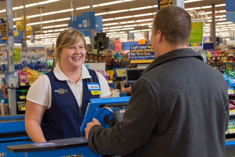 walmart-cashier-melissa-helps-a-customer-at-a-register.jpg